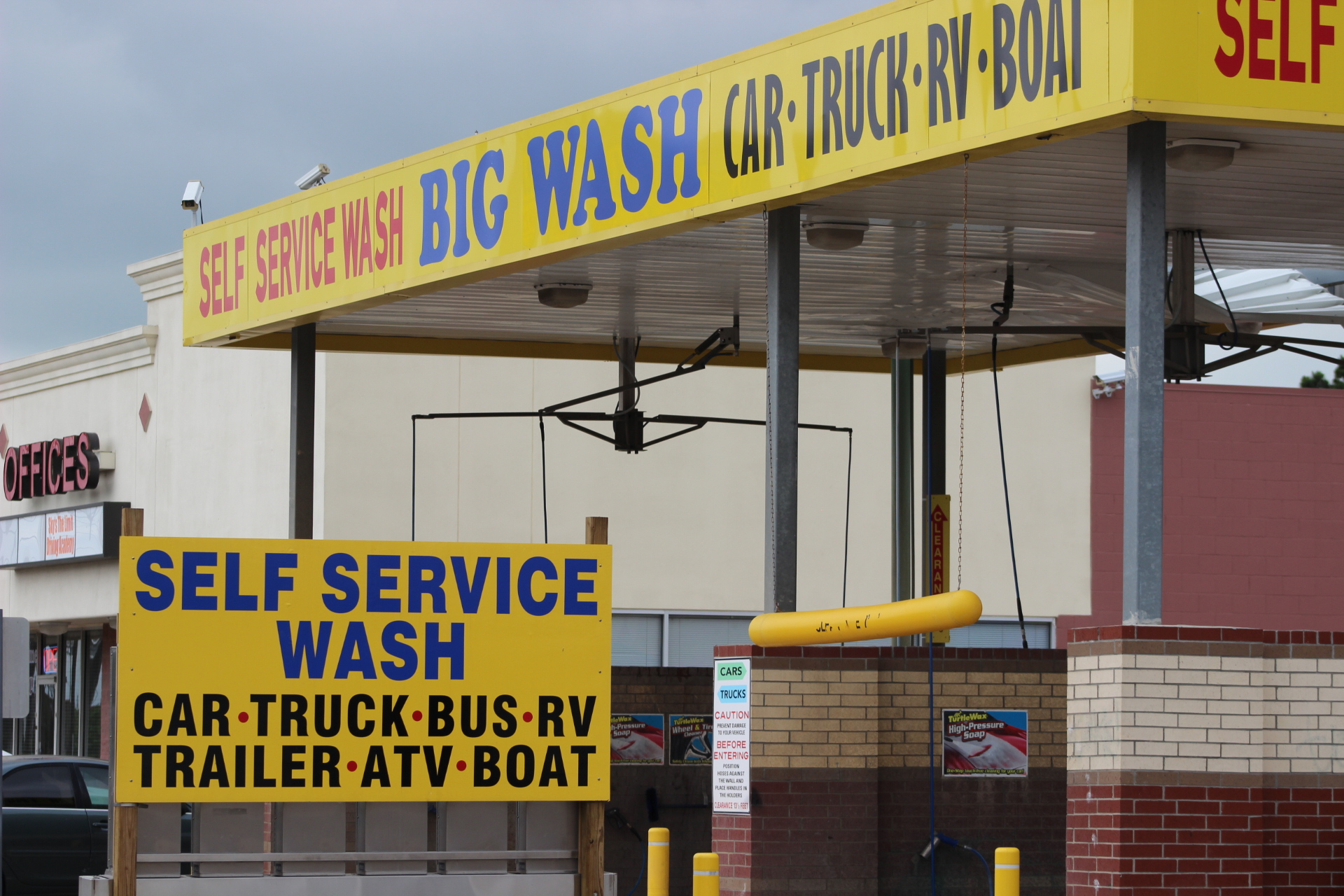 Big wash self service car truck wash countdown timers at each service location solutioingenieria Choice Image