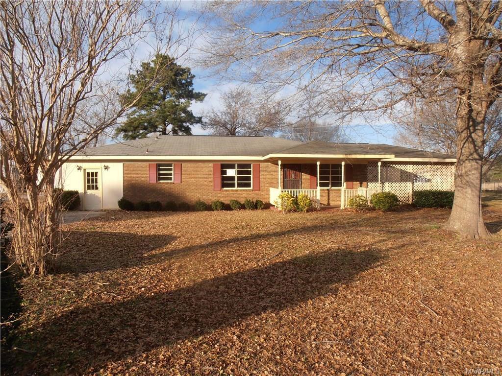 2716 Berry Road  Valley Grande, AL 36701
