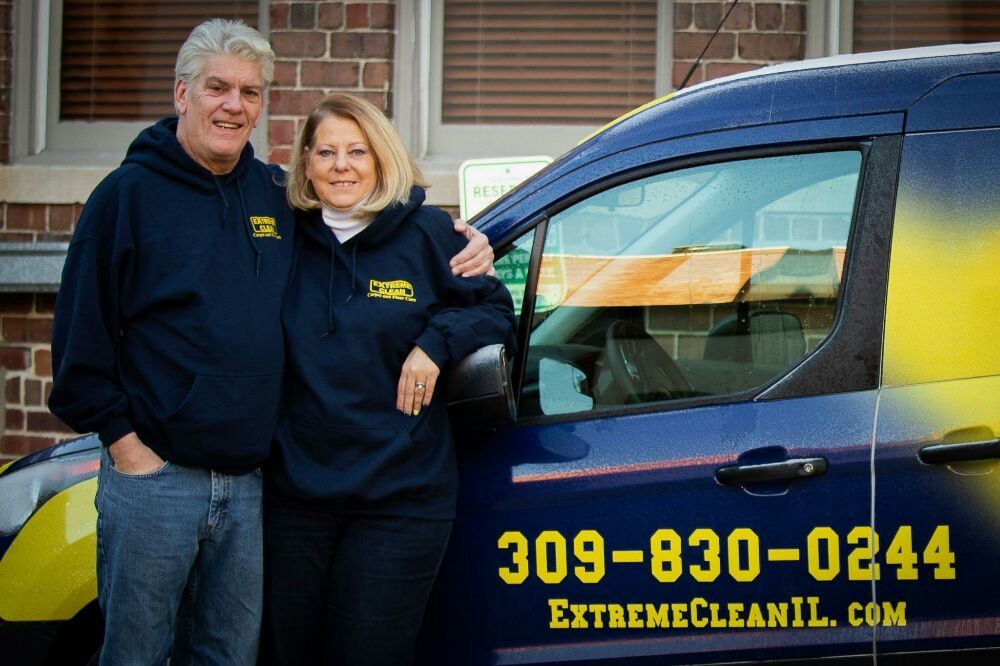 owners of Extreme Clean carpet and hardwood floor cleaning