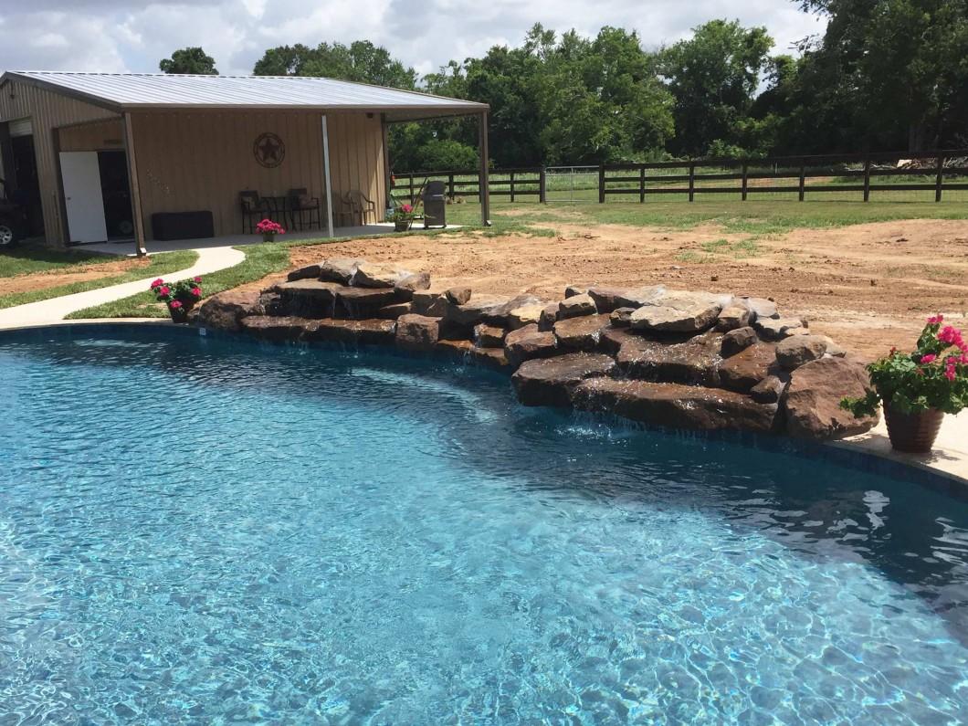 rock pool wall